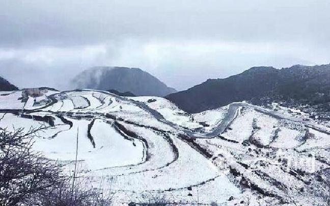 昆明舍塊鄉喜迎瑞雪
