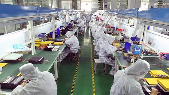 雲南曲靖:電子科技産業帶動農民就業增收
