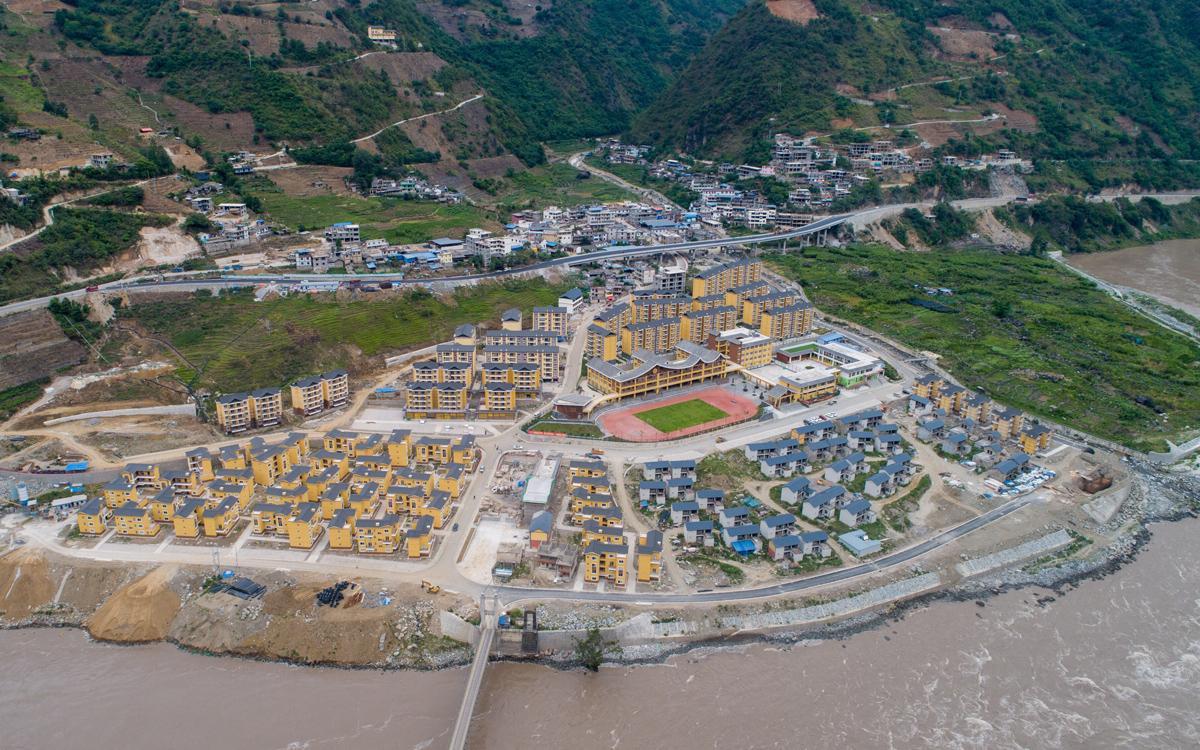 怒江峽谷崛起新城
