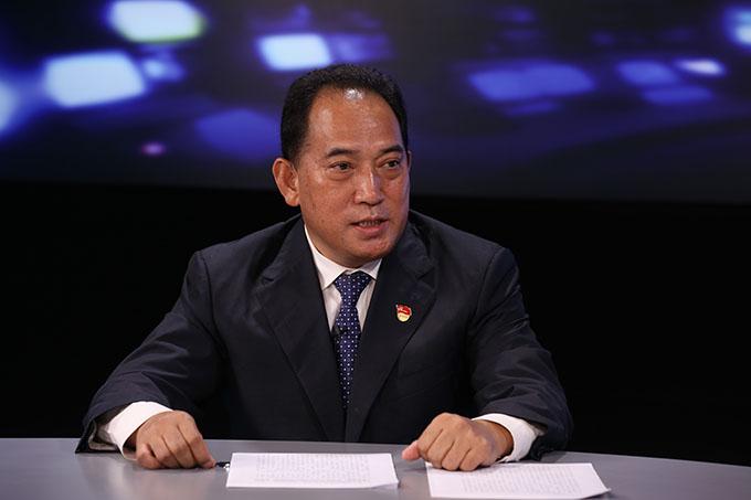 中國共産黨的領導是雲南民族工作取得好成績的根本保證。