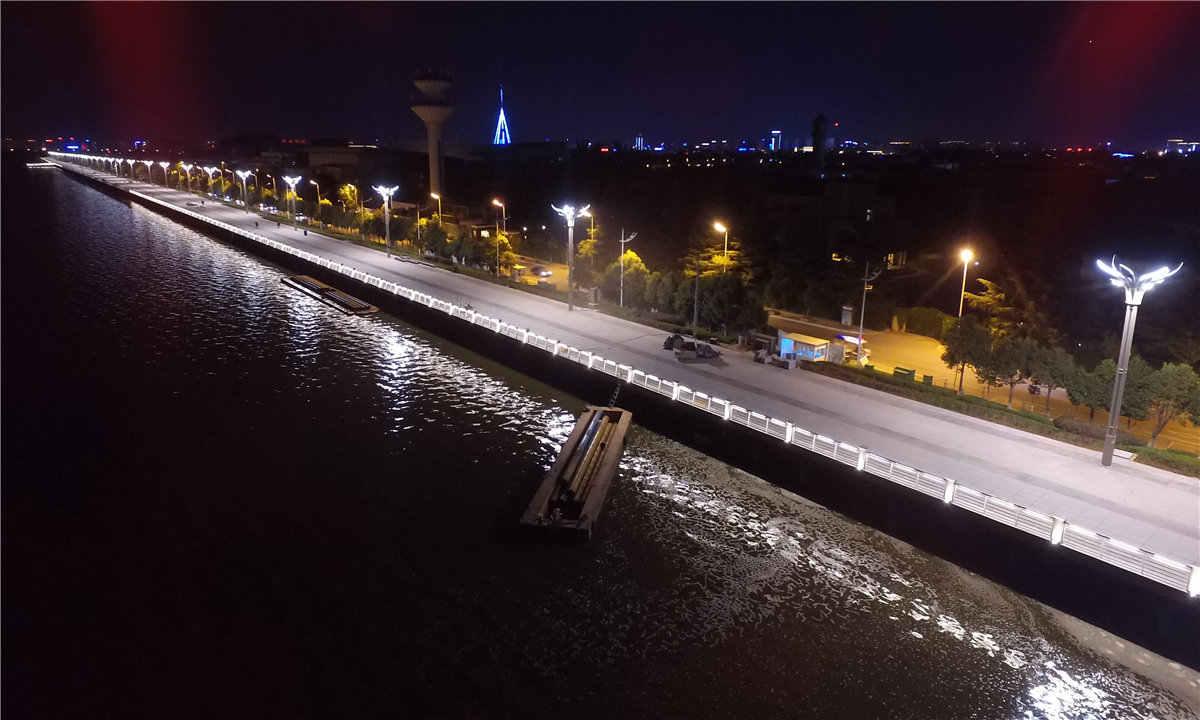 草海大堤加固提升及水體置換通道建設工程