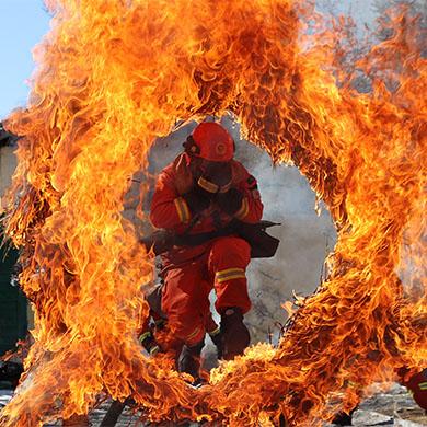 【新春走基層】雲南迪慶森林消防組織火場心理行為訓練