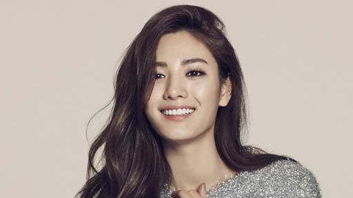韩星nana被评全球最美女星