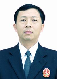审判长李永忠简介