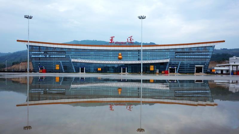 雲南瀾滄景邁機場26日正式通航