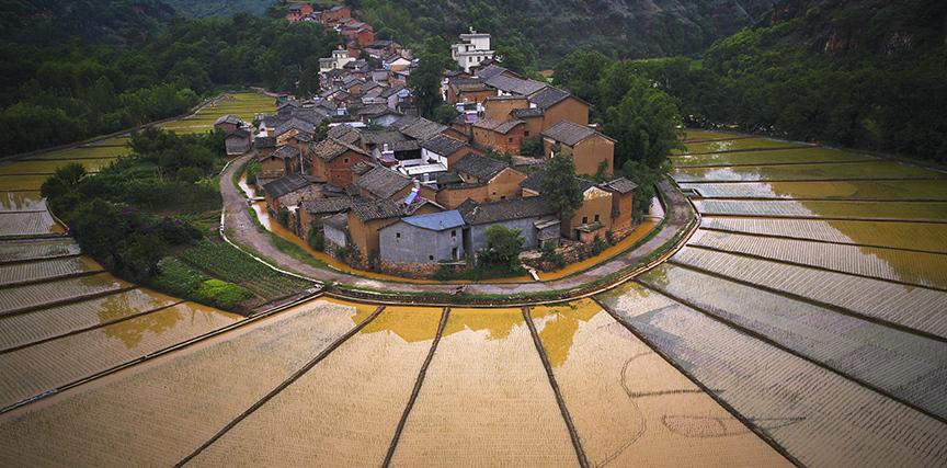 《美麗河灣村》 (2)