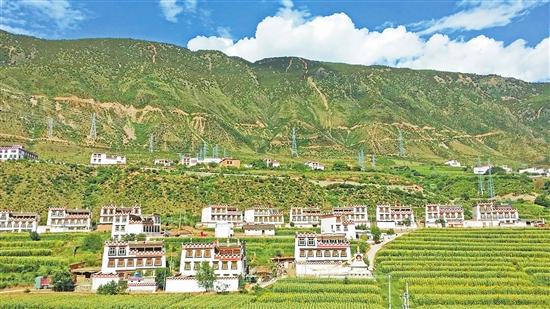 滇川藏共筑一个旅游圈