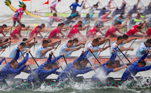 第十三届世界龙舟锦标赛在昆落幕