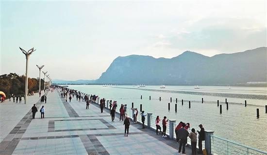 昆明草海大坝将建文化景观