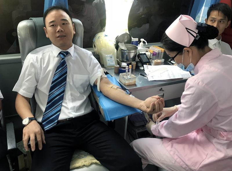 五四青年節 百余名愛心企業員工來獻血