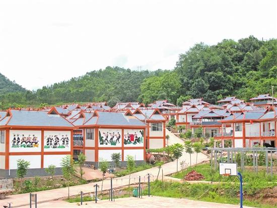 普洱市:快马加鞭力克贫困堡垒