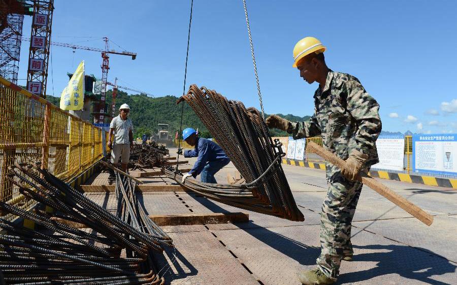 中老鐵路跨湄公河大橋建設取得新進展