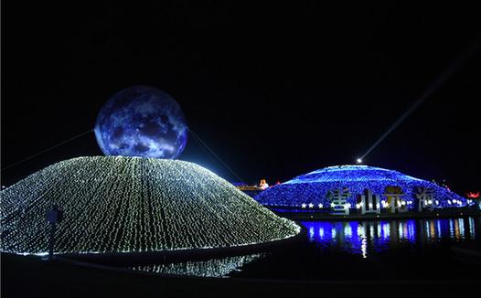 麗江雪山花海燈彩嘉年華精彩紛呈