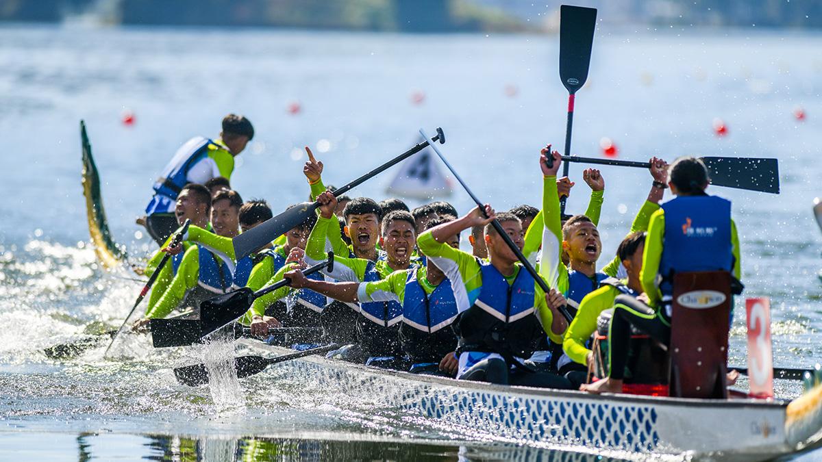【高清圖集】雲南省第十一屆民族運動會龍舟競賽開賽 285名健兒激情揮槳