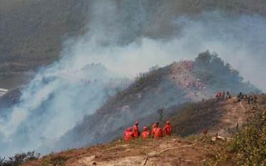 雲南多地發生山火 森林防火等級偏高