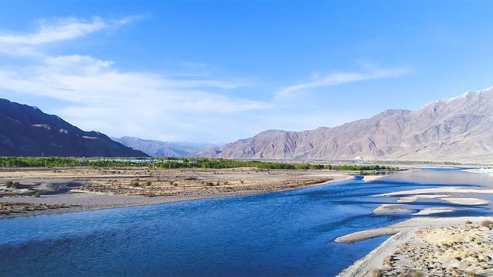 """""""飲水思源-求真之旅""""大型水源地水質酸鹼度實測活動之拉薩河"""