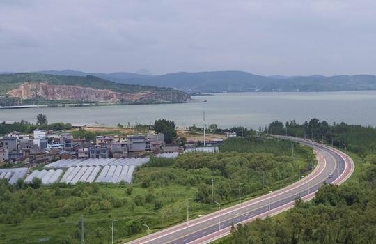 雲南昆明:臨湖建工程 探尋環保理念下的城市建設之路