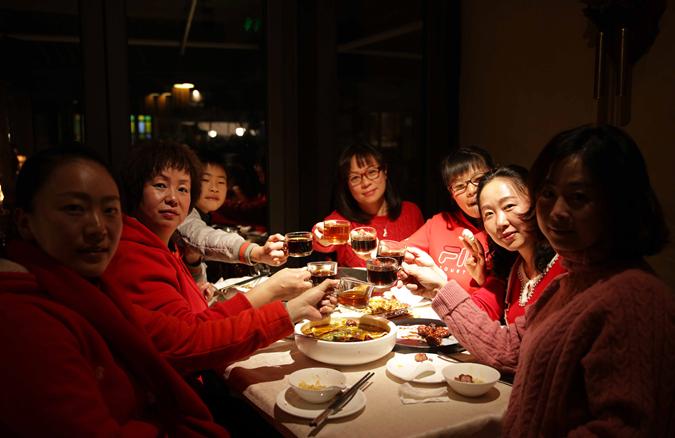 雲南人這桌承載鄉愁的年夜飯