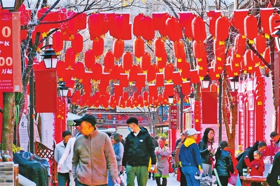 昆明:紅紅火火過春節