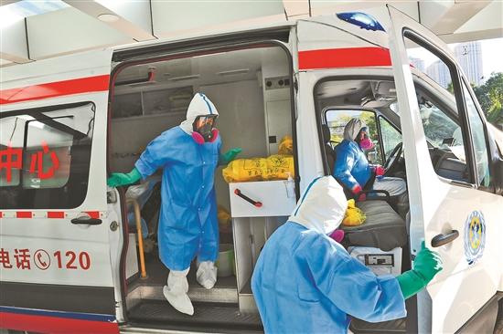 雲南省急救中心急救人員:他們衝在危險第一線