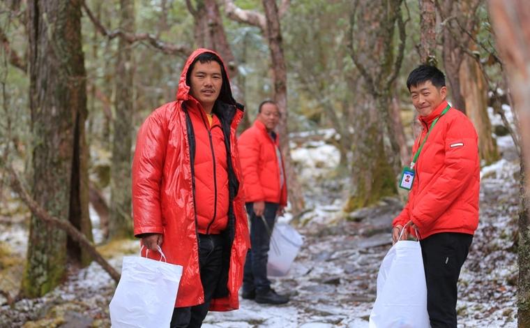 麗江老君山深處的年輕人:我是導遊,也是生態守護者