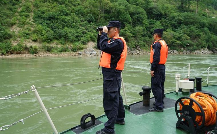 西雙版納瀾滄江水域沉船確認24人落水 1人死亡、6人失蹤