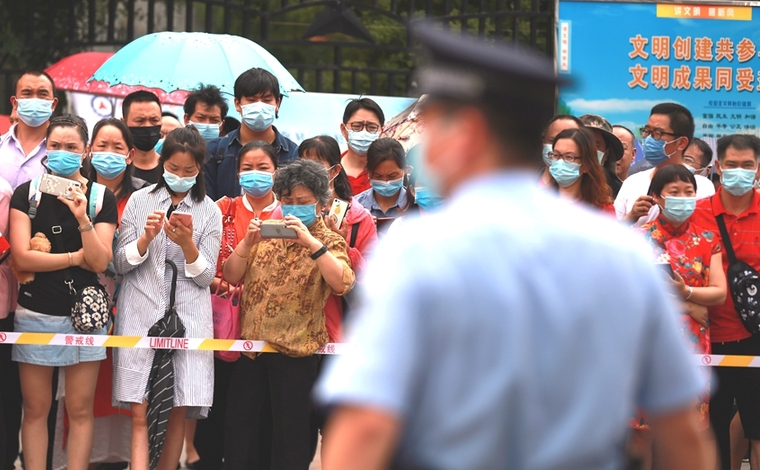 雲南34萬余考生迎戰高考 全民行動溫暖護航