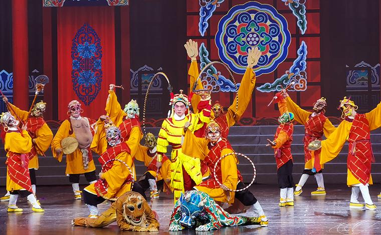 2021年雲南省新年戲曲晚會在昆上演