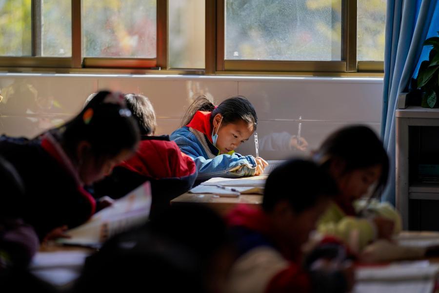 雲南會澤:為了孩子,搬向未來