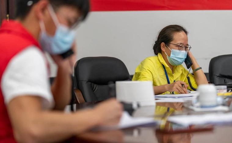 雲南瑞麗:熱線電話助抗疫